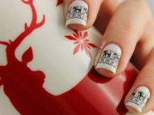 white_reindeer_christmas_nails_c