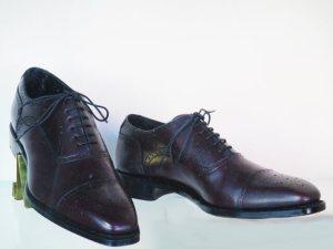 メンズ革靴おすすめ4選【人気プレゼント・カジュアル・サイズを知る方法】