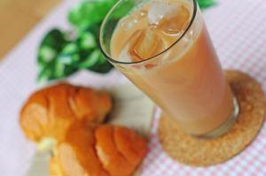 コルクコースターをおしゃれに手作り【簡単な作り方・アレンジ・人気おすすめ】