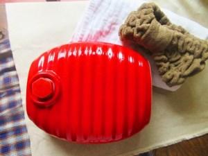 可愛い湯たんぽカバーの作り方!手作りでの編み図、方法を紹介
