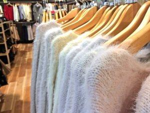 冬のカジュアルアウターの定番な種類&ブランド!レディースの人気服
