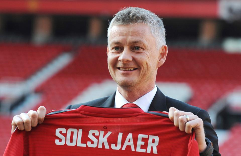 Ole Gunnar Solskjaer Targetkan Juara Liga Primer