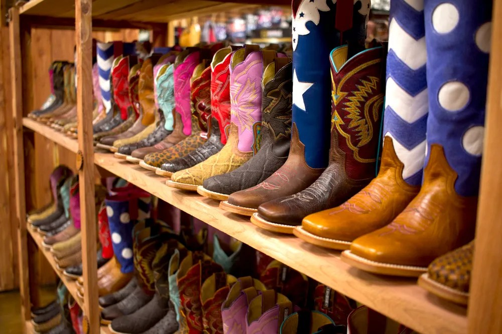Boots & More Store | Lucky J Arena | Steakhouse | Rodeo | Joplin MO