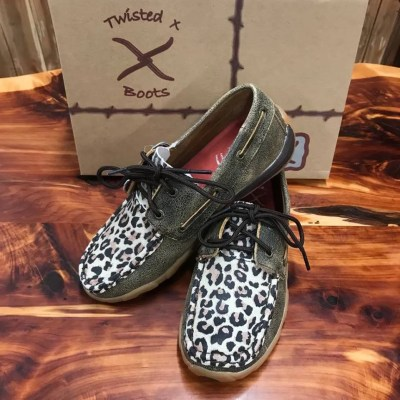 Women's Twisted X Distressed Leopard Driving Mocs WDM0057