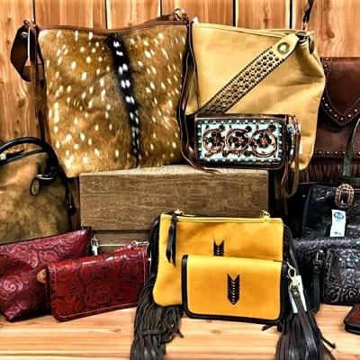 Handbags/Wallets