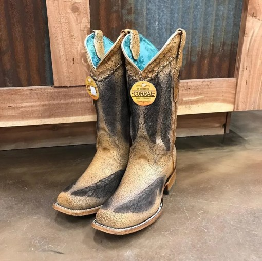 Women's Corral Vintage Feather Brown Cowgirl Boot C3277