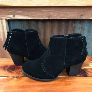 Ladies Minnetonka Melissa Bootie in Black