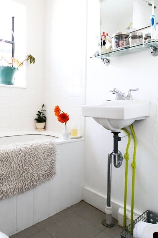 Cast Iron Bathtubs And Sinks Are A Common Fixture In Older Homes, And Now  Weu0027re Seeing Them Pop Up In Many Newer Remodels Because Of Their Unique  Vintage ...