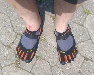 KSO_on_feet