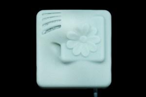 Tiny Particle Sensor Node with Decorative Case