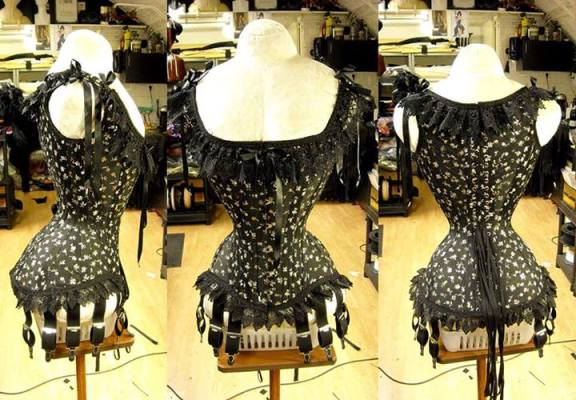 Bizarre Design 'S-line' overbust corset
