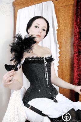 Riwaa Nerona Art Nouveau historical corset