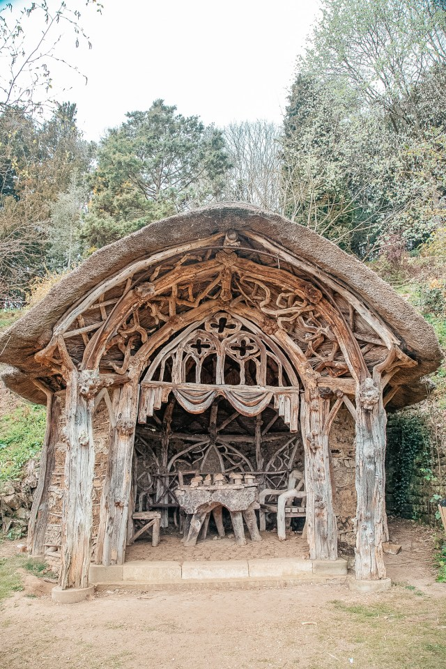 the moss and root hut