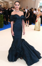 Mandatory Credit: Photo by David Fisher/REX/Shutterstock (8770824cn) Katie Holmes The Costume Institute Benefit celebrating the opening of Rei Kawakubo/Comme des Garcons: Art of the In-Between, Arrivals, The Metropolitan Museum of Art, New York, USA - 01 May 2017
