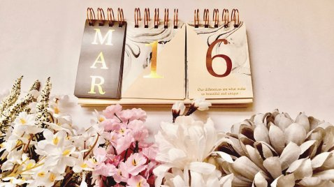Calendar stationery