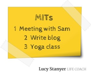 Image: post it note with MITs on. Beat procrastination with your three daily MITs (Most Important Tasks) blog by Lucy Stanyer Life Coach