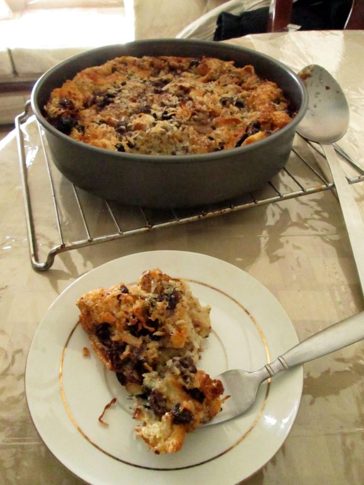 Cinnamon Raisin Coconut Bread Pudding (1/5)