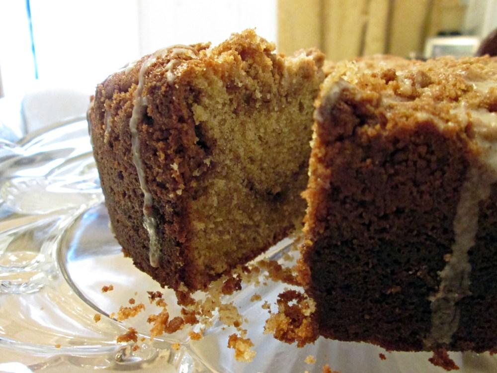 Cinnamon Streusel Coffee Cake (2/3)