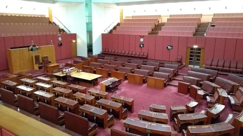 Parlamento australiano vuoto interno: Senato in rosso