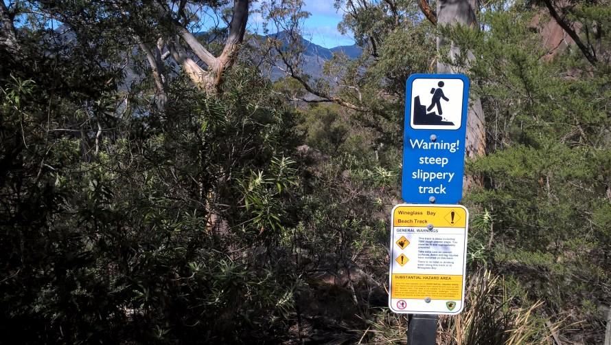 cartello-di-avvertimento-escursione-difficile