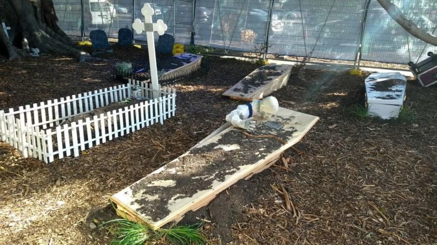 finto cimitero halloween