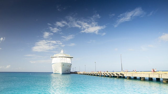 Which is Best a Cruise Vacation or Land Vacation?