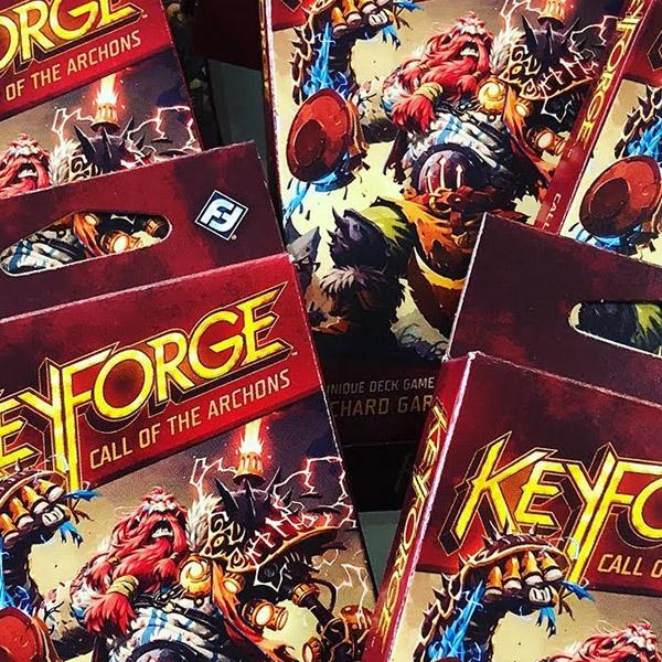 KeyForge: forgiare con onore