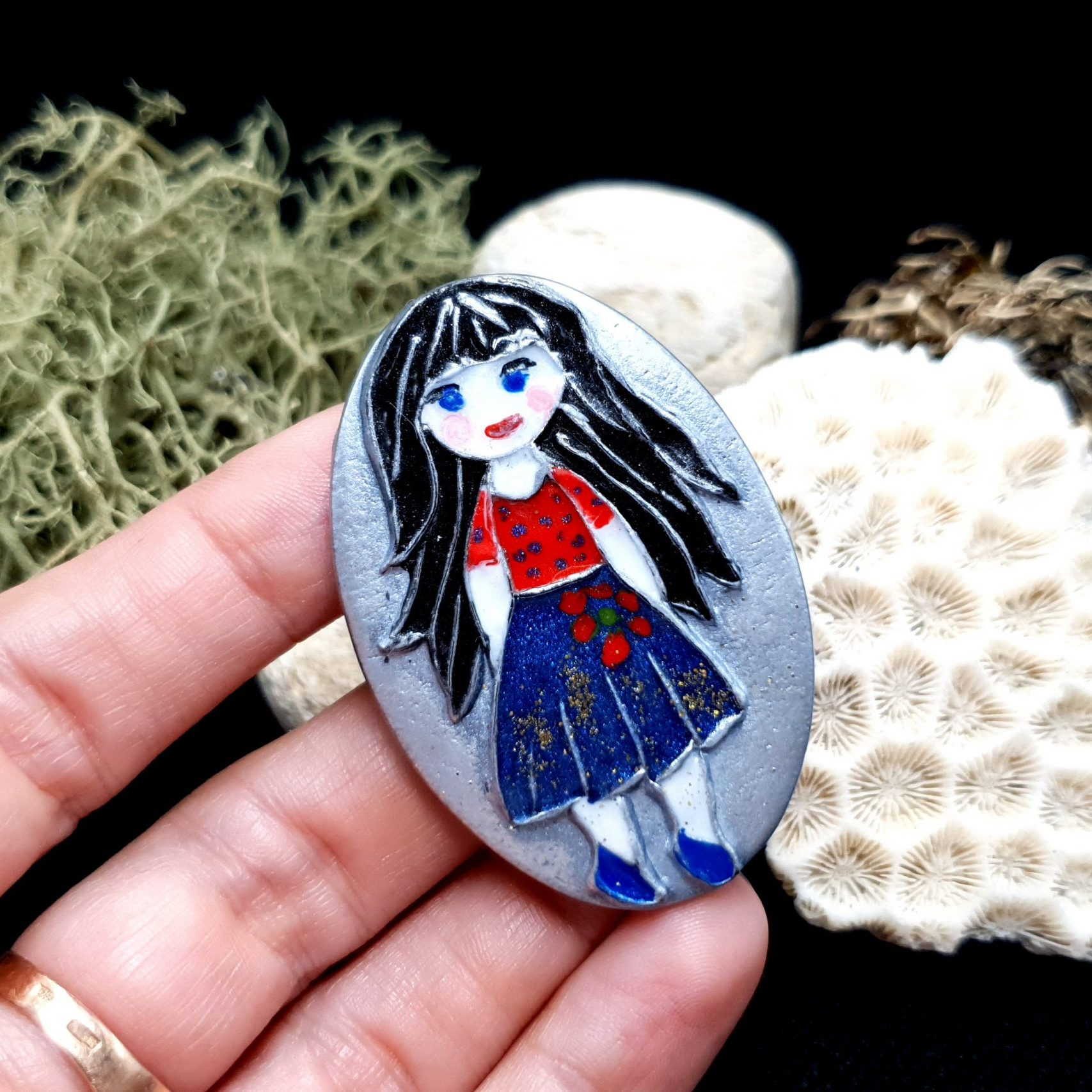 "Free video tutorial: How to make unique polymer clay Brooch ""Snow White"". 4"