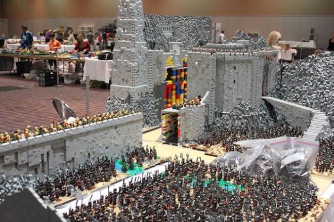 absimo-helm-LEGO