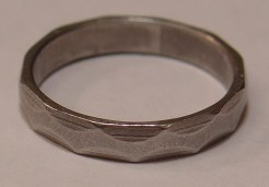 Ale-Ring. (Actual image origin: Canadian Engineer Iron Ring. But it's close, right?)