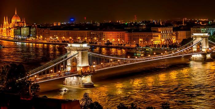 Como ir de Viena a Budapeste: trem, ônibus, carro ou avião?