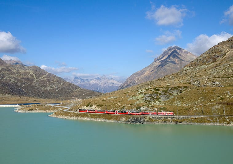 Bianco-lake-Bernina-Express