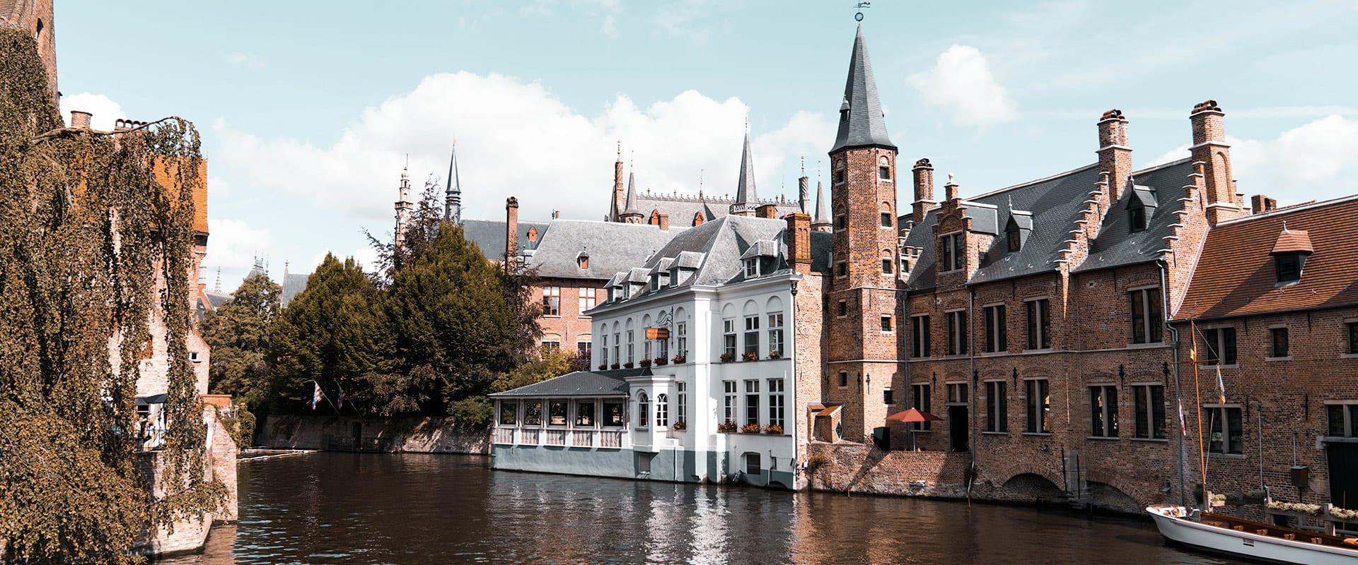 Trem de Bruges para Paris