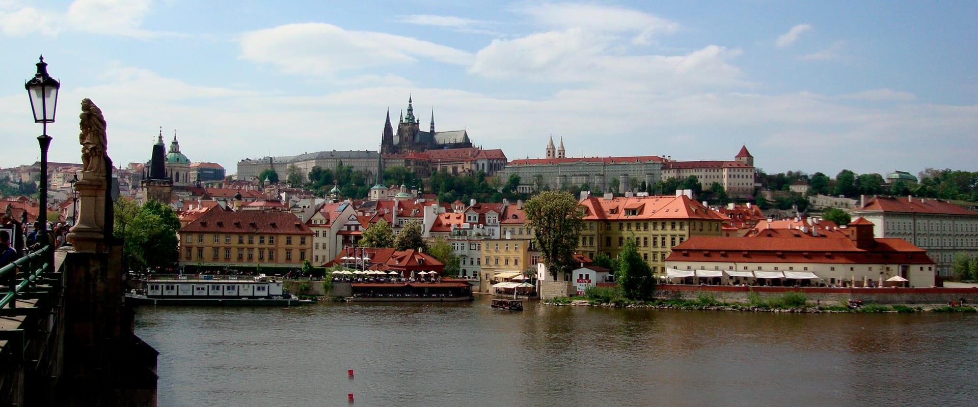 Leste Europeu Fascinante Premium
