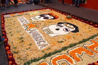 Some public altars are dedicated to deceased celebrities or cultural figures. In Guanajuato, the birthplace of Diego Rivera, there's a good chance you'll see an altar dedicated to the famous muralist and his wife Frida Kahlo.