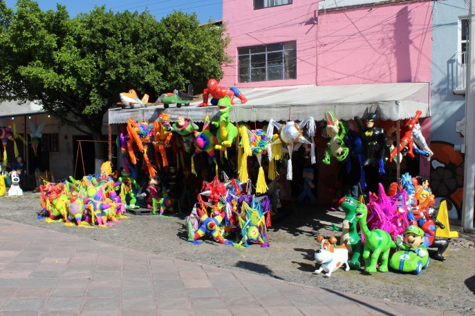 Piñata shop in Santiago de Querétaro