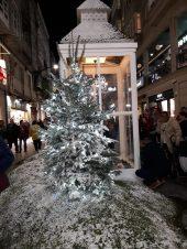 Decoración en el entorno de Príncipe. Alumbrado Navidad Vigo 2018