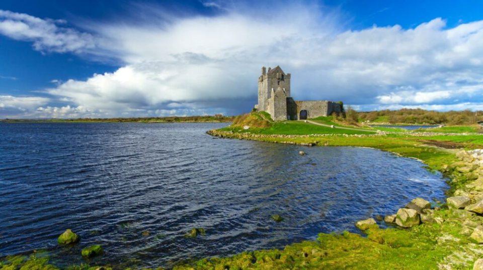 Kinvara, uno de pueblos costeros más bonitos de Irlanda