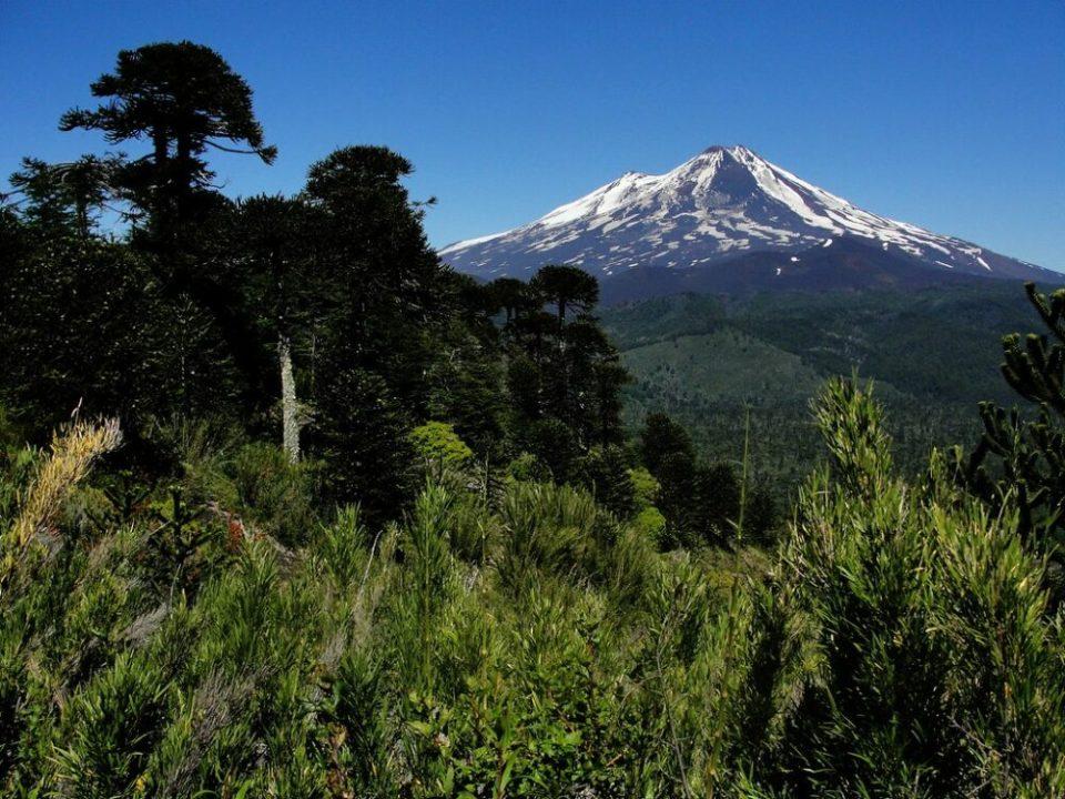 Travesía de los tresmiles de Sierra Nevada, la ruta de trekking más completa y corta (pero exigente) de España