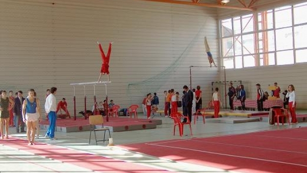 Lugoj Expres Lugojul găzduiește Campionatul Național Individual de Gimnastică al Juniorilor I și II gimnastică la Lugoj Federația Română de Gimnastică CSȘ Lugoj Campionatul Național Individual de Gimnastică al Juniorilor I și II