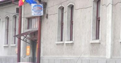 """Lugoj Expres """"Meridian 22"""" Lugoj explică solicitarea de majorare a tarifelor la apă și canalizare tarife majorate SC Meridian 22 SA Lugoj noile prețuri la apa potabilă municipiul Lugoj majorarea tarifelor Lugoj apă și canalizare apă mai scumpă pentru lugojeni"""