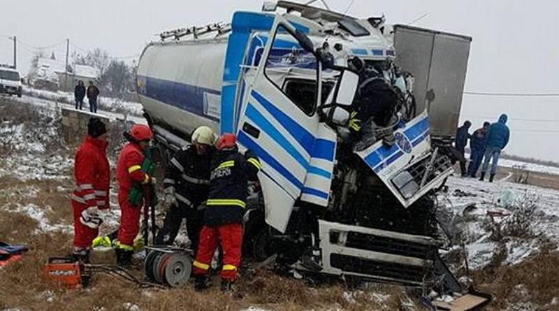 Lugoj Expres Impact violent între două TIR-uri, pe DN 68A victime Stația de POmpieri Făget spital pompieri ISU Timiș explozie DN 68A Detașamentul de Pompieri Lugoj accident