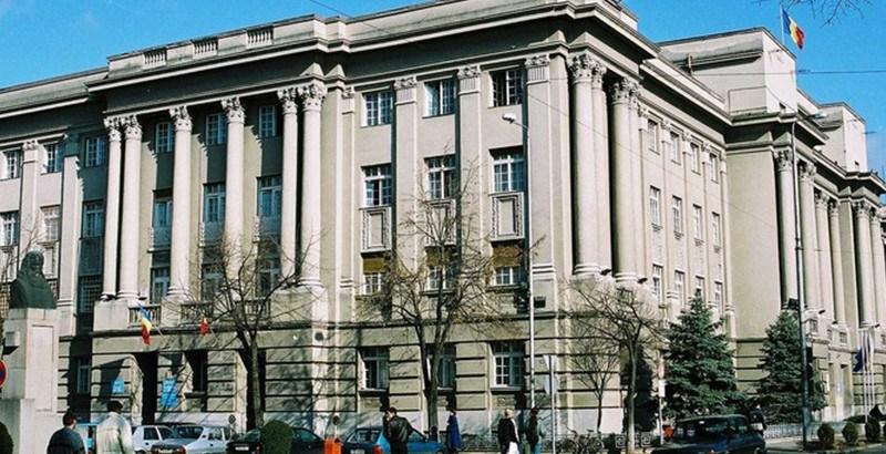 Lugoj Expres Consiliului Județean reia audiențele cu publicul vicepreședinte secretar președinte Consiliul Județean Timiș audiențe