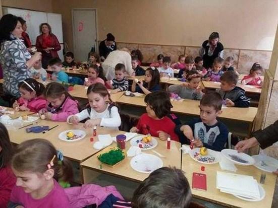 Lugoj Expres OFSD Lugoj a organizat un concurs de încondeiat ouă PSD Lugoj organizația de femei OFSD Lugoj încondeiat ouă concurs