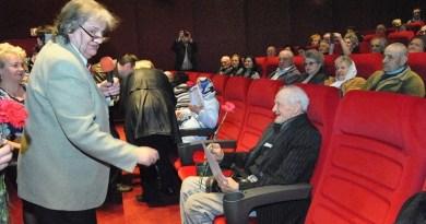 Lugoj Expres Premii pentru seniorii Lugojului seniorii Lugojului premii pentru vârstnici peste 90 de ani 50 de ani de căsătorie
