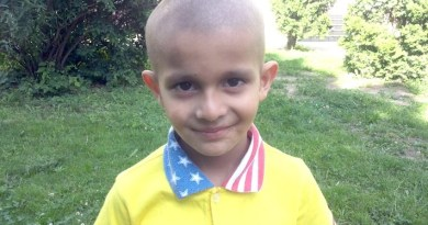 Lugoj Expres Un băiețel de cinci ani, din Nădrag, are nevoie de ajutor! Cristian suferă de o formă rară de cancer: neuroblastom stadiul 4, cu metastază osoasă un băiețel are nevoie de ajutor donații Cristian Farcaș băiețel bolnav de cancer Asociația Speranța pentru România apel umanitar