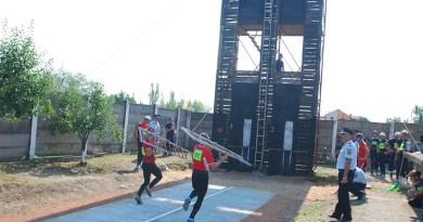 Lugoj Expres Faza zonală a Concursului Serviciilor Profesioniste pentru Situații de Urgență debutează la Lugoj pompieri ISU Timiș ISU Hunedoara ISU Bihor ISU Arad ISU Alba faza zonală Concursul Serviciilor Profesioniste pentru Situații de Urgență concurs