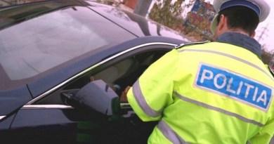 Lugoj Expres Beat la volan, fără permis și cu mașina radiată din circulație șofer fără permis dosar penal beat bărbat reținut autoturism arestat