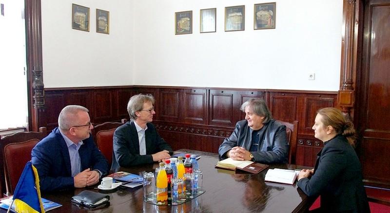 Lugoj Expres Werzalit are intenții de extindere la Lugoj. Vrea să producă și elemente de mobilier Werzalit mobilier firma germană firmă extindere