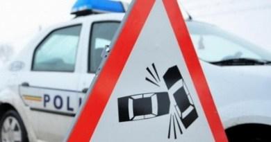 Lugoj Expres Patru persoane rănite, într-un accident pe DJ 592 Lugoj-Buziaș persoane rănite Lugoj DJ 592 depășire neregulamentară Buziaș accident